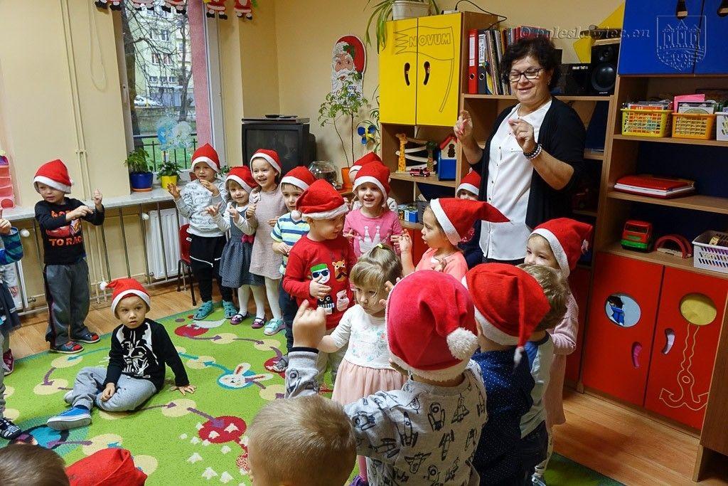Mikołaj nie zapomniał o mieszkańcach Miasta Ceramiki z-index: 0