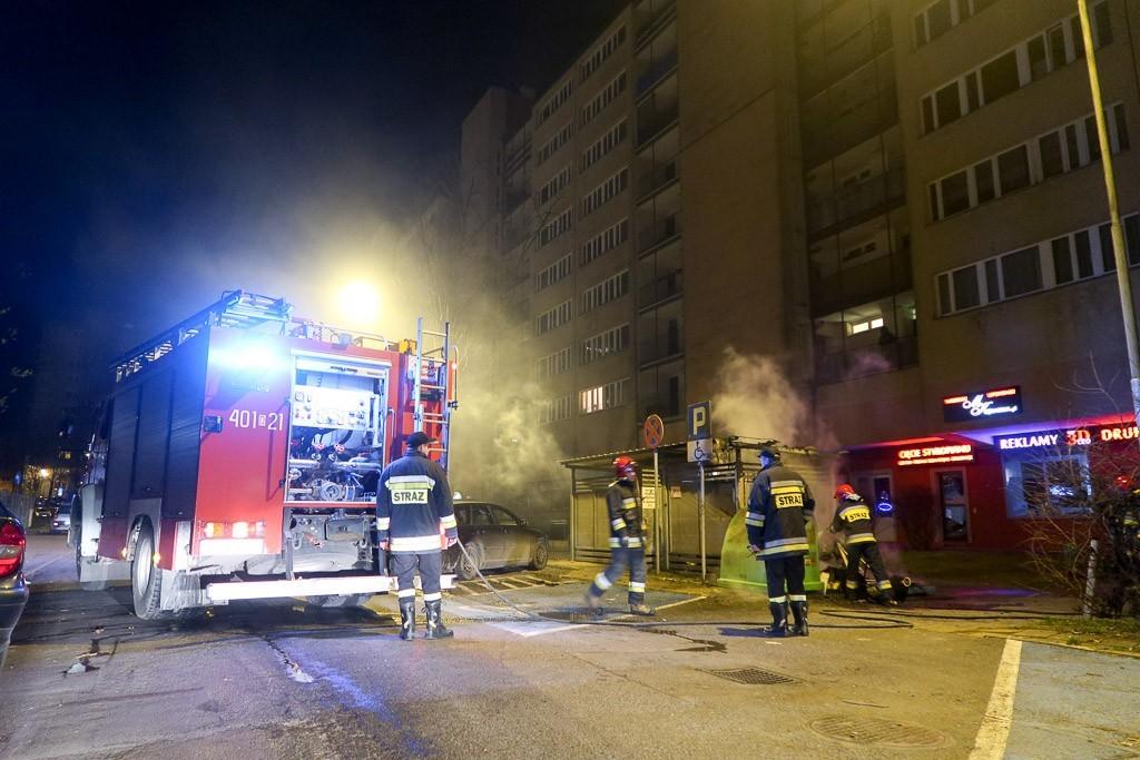 Akcja strażaków przy ul. Łukasiewicza w Bolesławcu