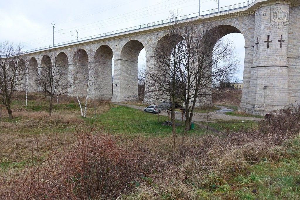 Pumptrack, skatepark i ścianka wspinaczkowa koło wiaduktu. Rusza budowa