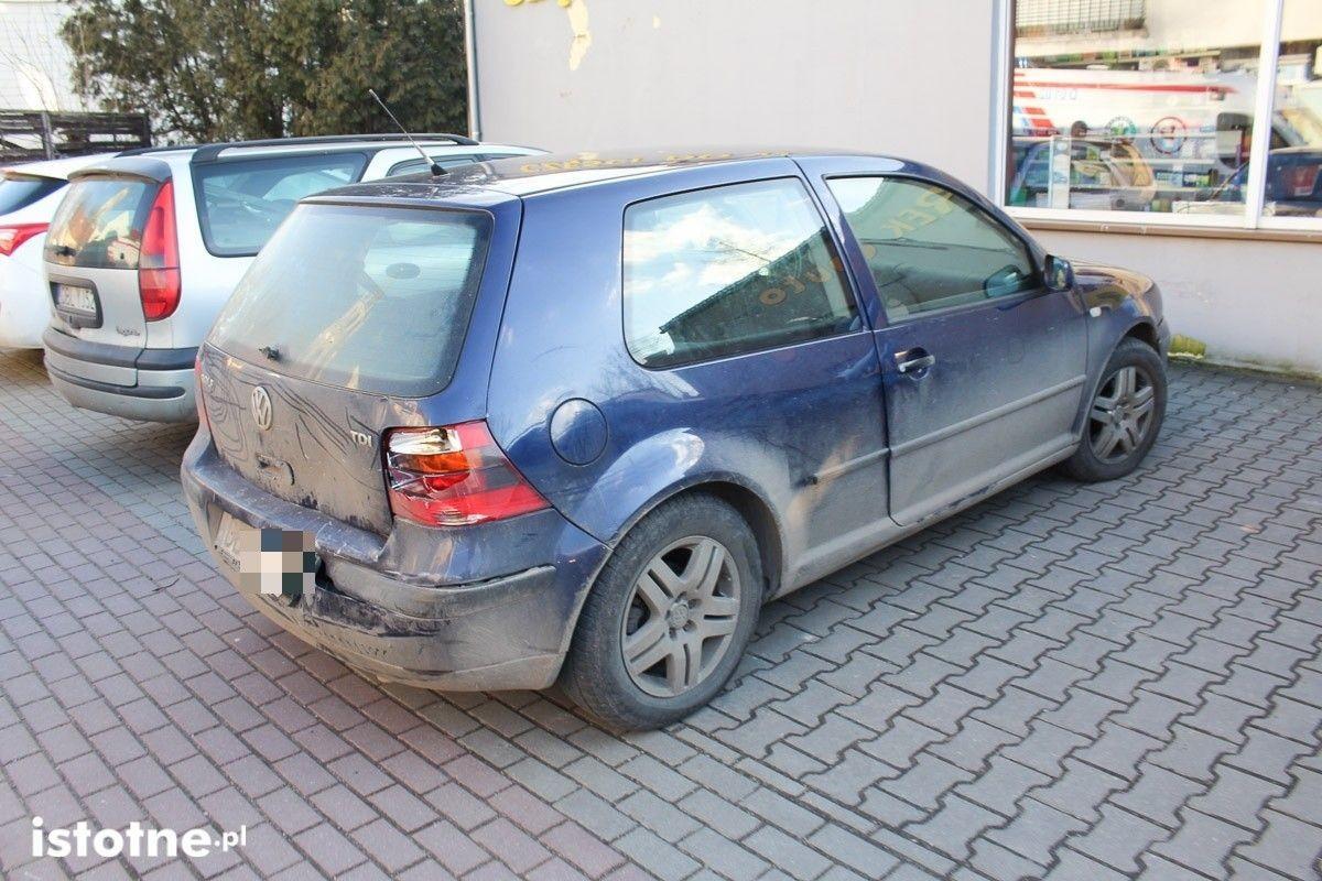 Zderzenie Skody z Volkswagenem na Kubika z-index: 0