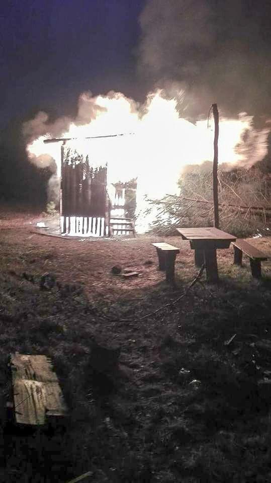 Cztery pożary w gminie Osiecznica. Trzy podpalenia