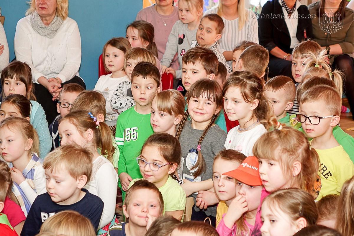 Dzień Kolorowej Skarpetki w miejskim przedszkolu nr 7 z-index: 0