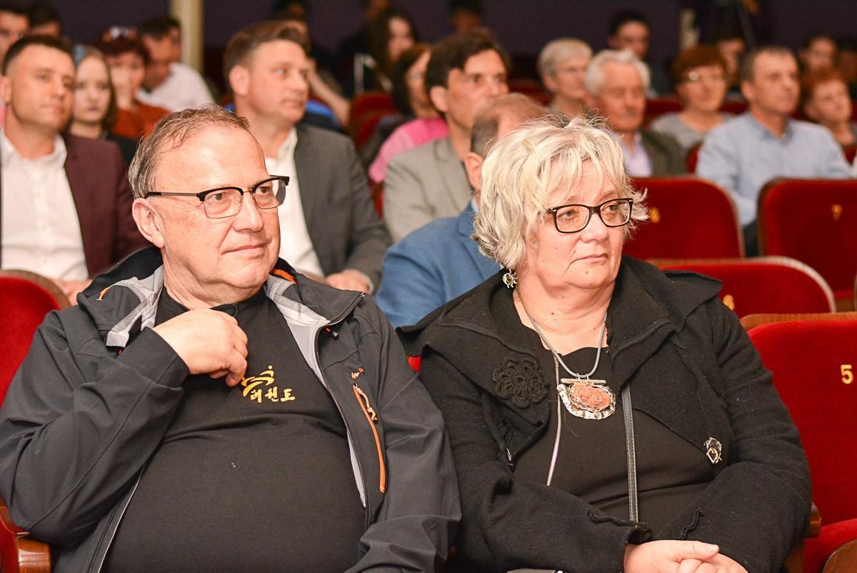"""Gala """"Młody Przedsiębiorca"""" za nami. Skateshop Patryka Kota najlepszy!"""