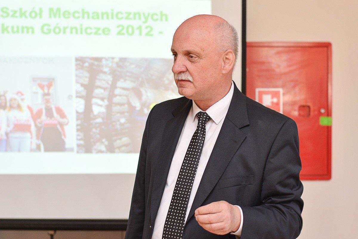 Podpisanie umowy patronackiej między Zespołem Szkół Mechanicznych w Bolesławcu a Kopalnią Gipsu i Anhydrytu Nowy Ląd w Niwnicach