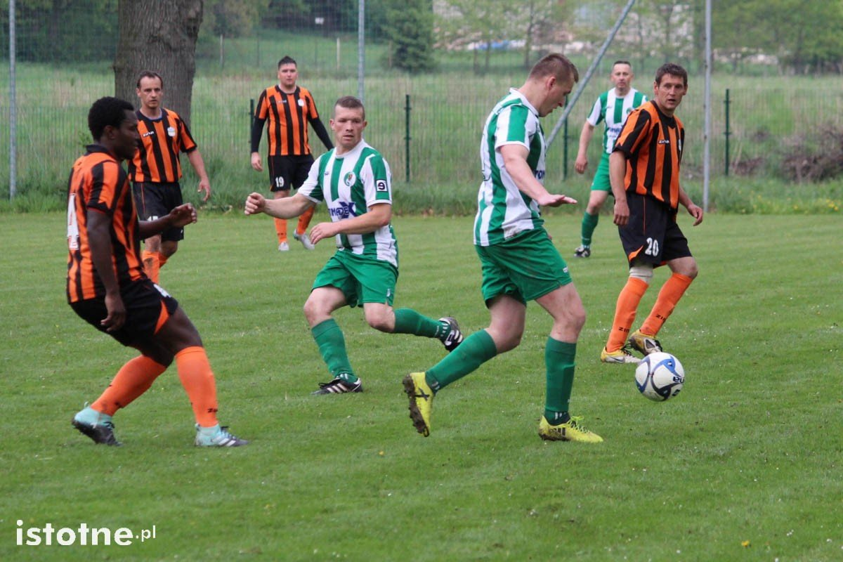 LZS Łaziska - GKS Gromadka 1:0 z-index: 0