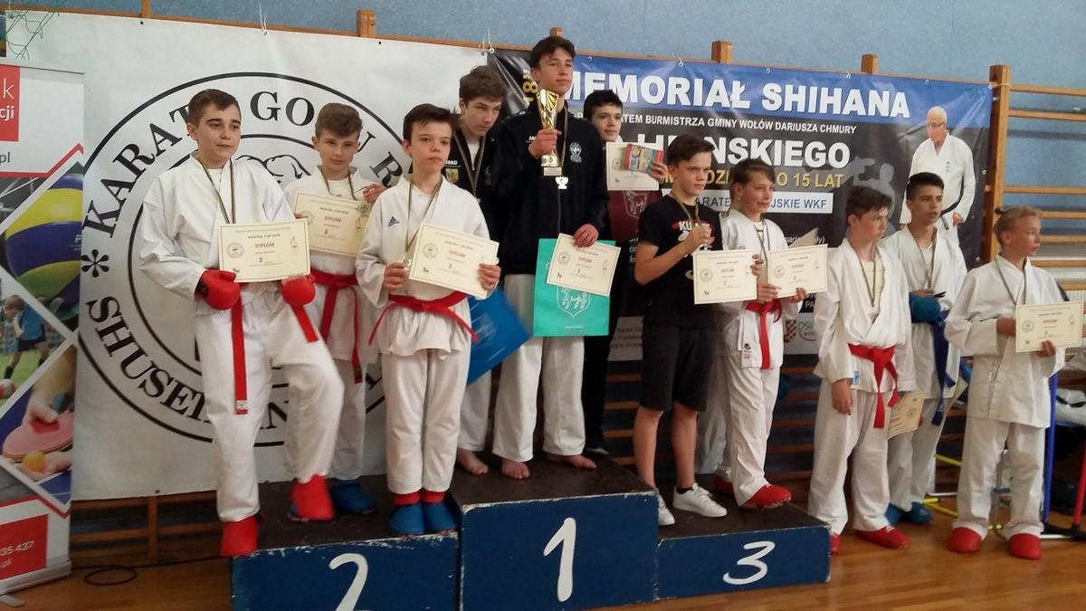 Bolesławieccy karatecy z 7 medalami