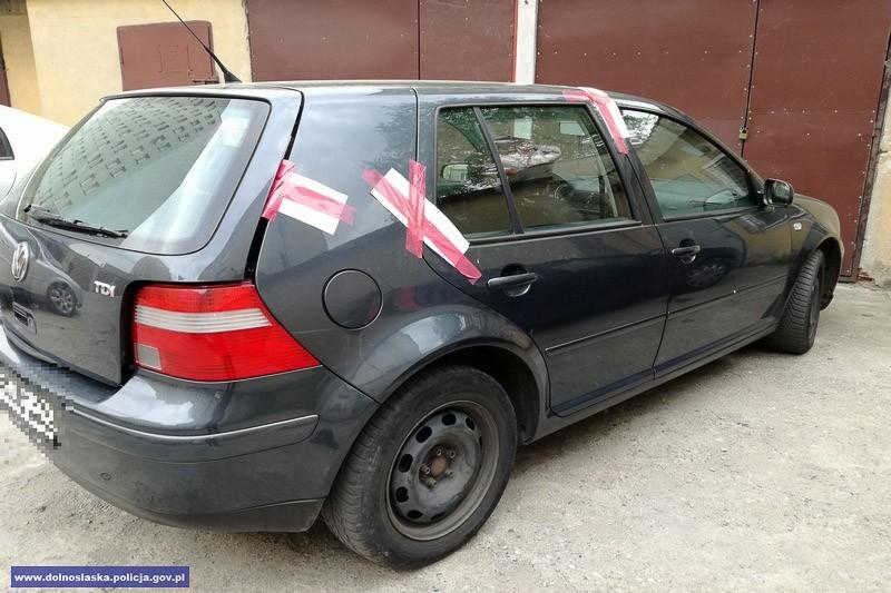 Para seryjnych włamywaczy i złodziei paliwa w rękach bolesławieckiej policji z-index: 0