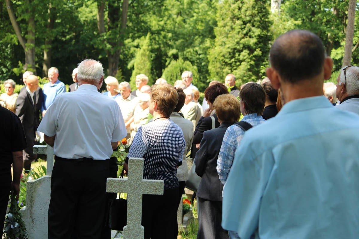 Pogrzeb Józefa Burniaka z-index: 0