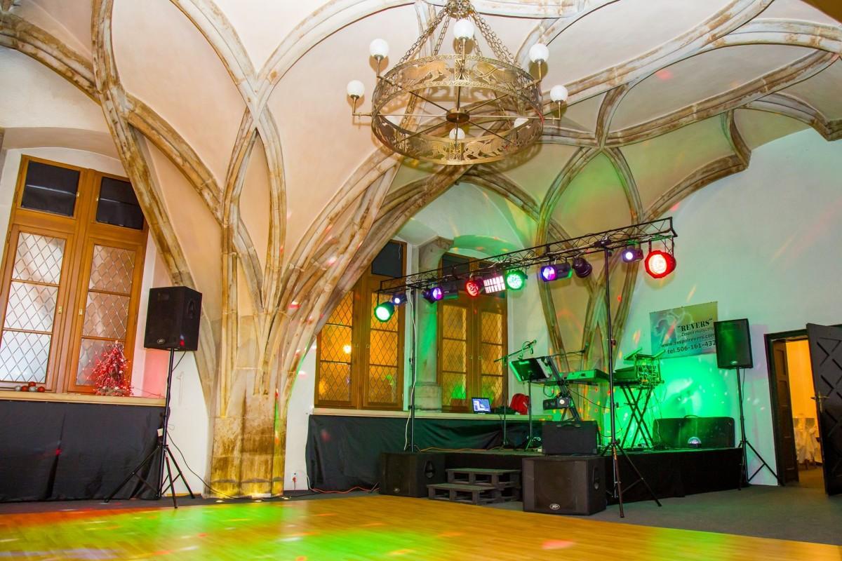 Restauracja Rycerska we Lwówku Śląskim - dancingi