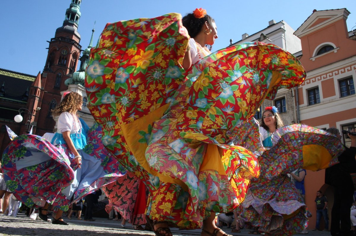 """XXI Międzynarodowego Festiwalu Folklorystycznego """"Świat pod Kyczerą"""""""
