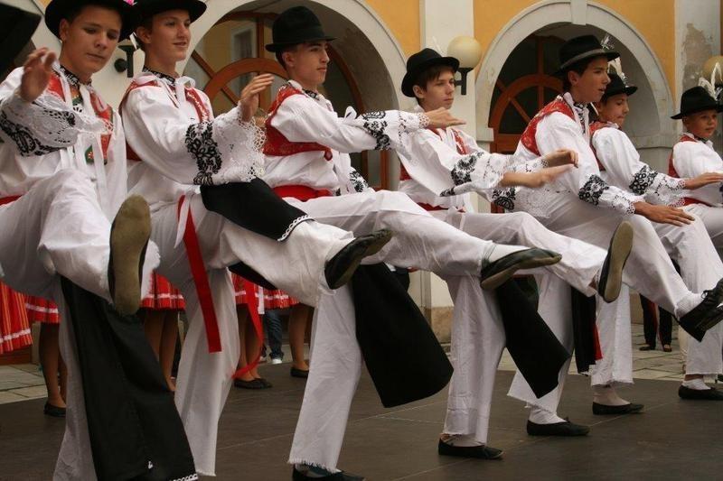 Festiwal Folklorystyczny Świat pod Kyczerą