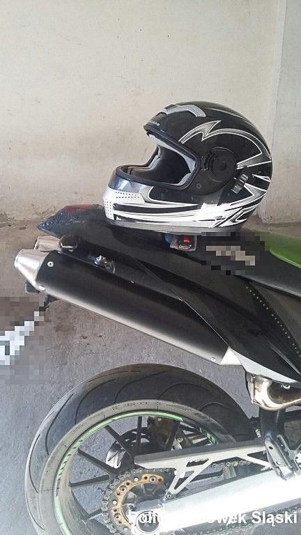 30-latek po metamfetaminie szalał kradzionym motocyklem po osiedlu