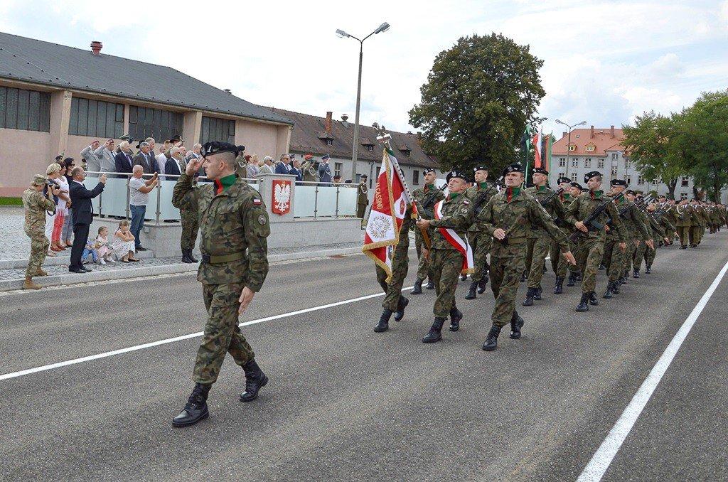 Święto Wojska Polskiego w bolesławieckim garnizonie z-index: 0