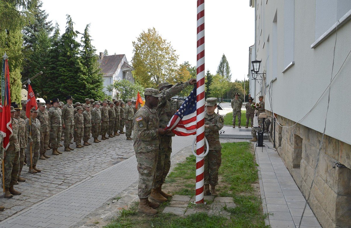 Bolesławieccy artylerzyści pamiętali o ofiarach zamachu z 11 września z-index: 0