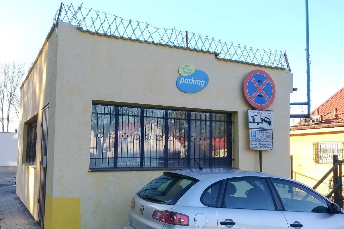 Zaparkowali na zakazie. 8 kierowców pouczonych z-index: 0
