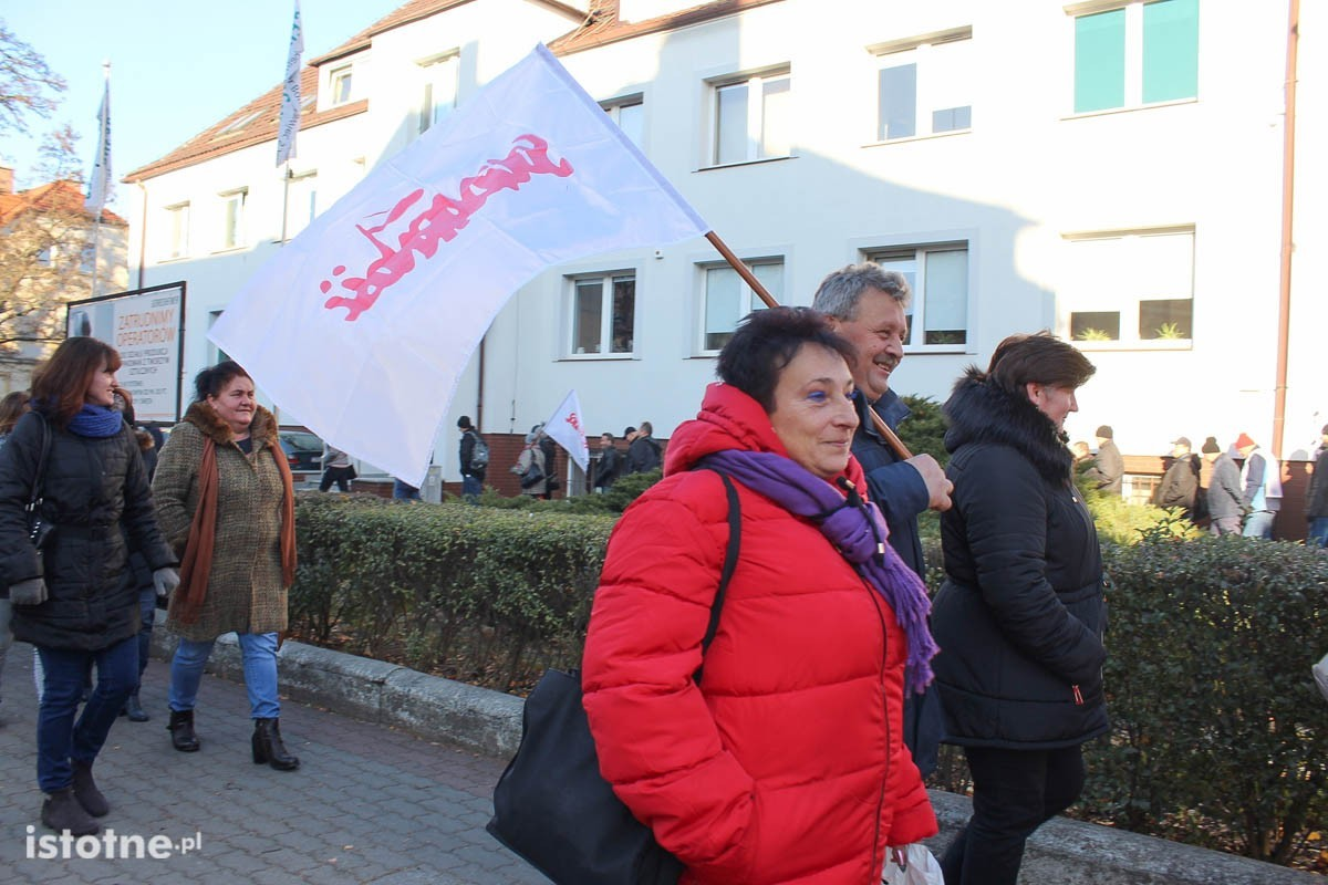 Pikieta przed firmą Gerresheimer w Bolesławcu z-index: 0