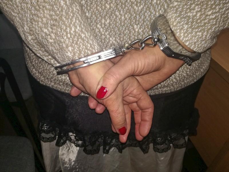 Po pijaku dźgnęła męża nożem. Została aresztowana z-index: 0