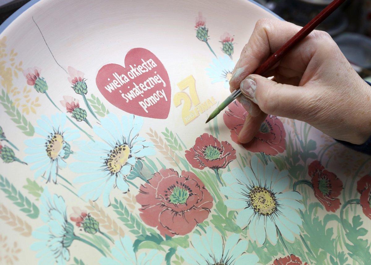 Gramy razem z WOŚP! Zestaw Jubileuszowy Ceramiki Artystycznej – Spółdzielni Rękodzieła Artystycznego