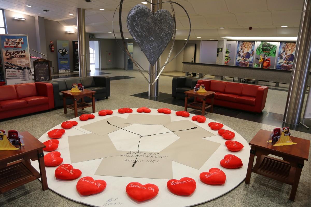 Walentynkowe życzenia w BOK–MCC z-index: 0