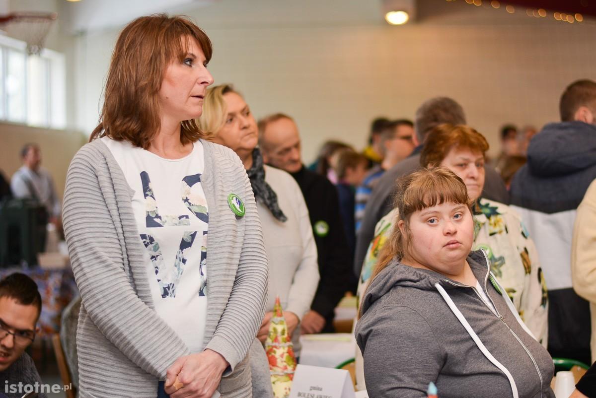 Około 900 osób na spotkaniu opłatkowym osób niepełnosprawnych