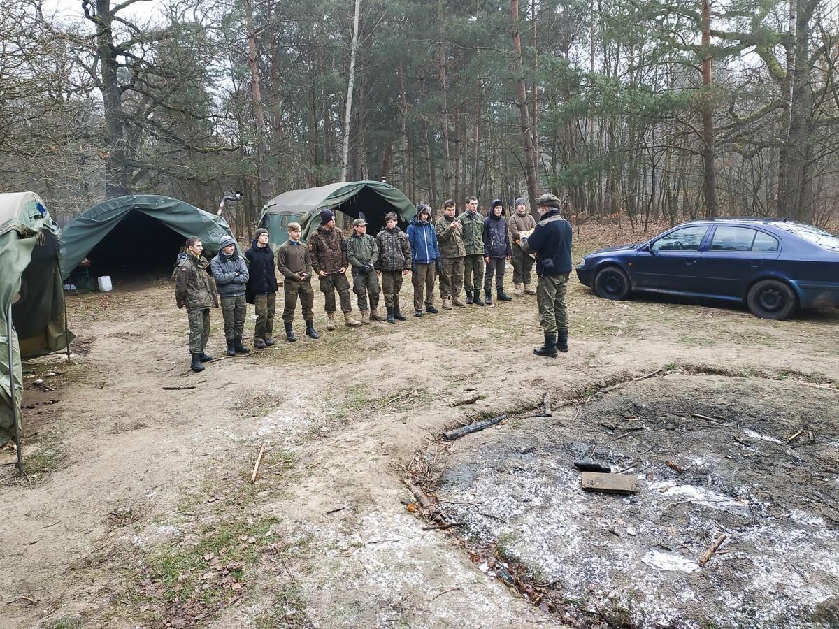 TVP pokazała zimowy obóz bolesławieckich harcerzy