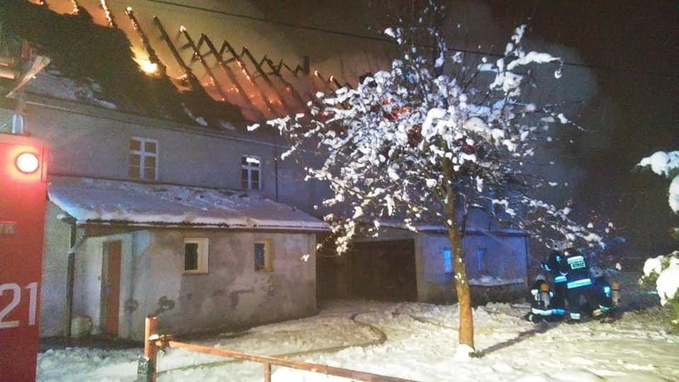 Pożar budynku w Parzycach z-index: 0