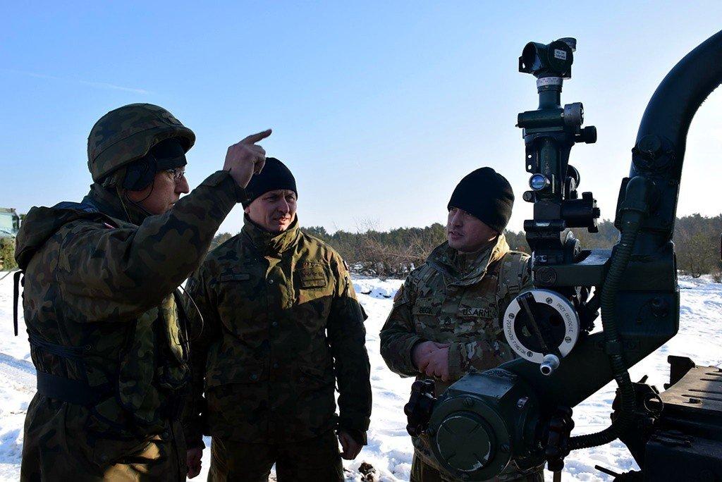 Bolesławieccy artylerzyści strzelają na toruńskim poligonie z-index: 0