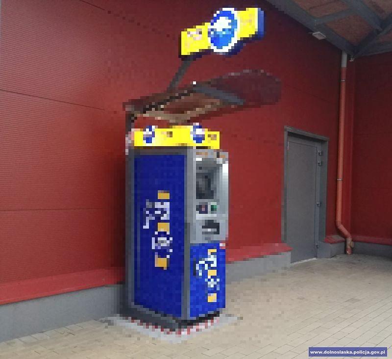 Niedoszły złodziej bankomatowy wpadł z amfą. Jest areszt z-index: 0