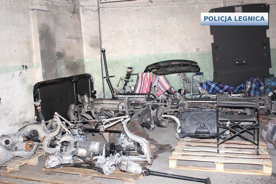 Dziupla samochodowa zlikwidowana. Dwóch mężczyzn aresztowanych