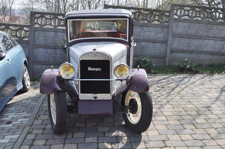 Samochód z... 1932 roku odzyskany, sprawca z zarzutami z-index: 0