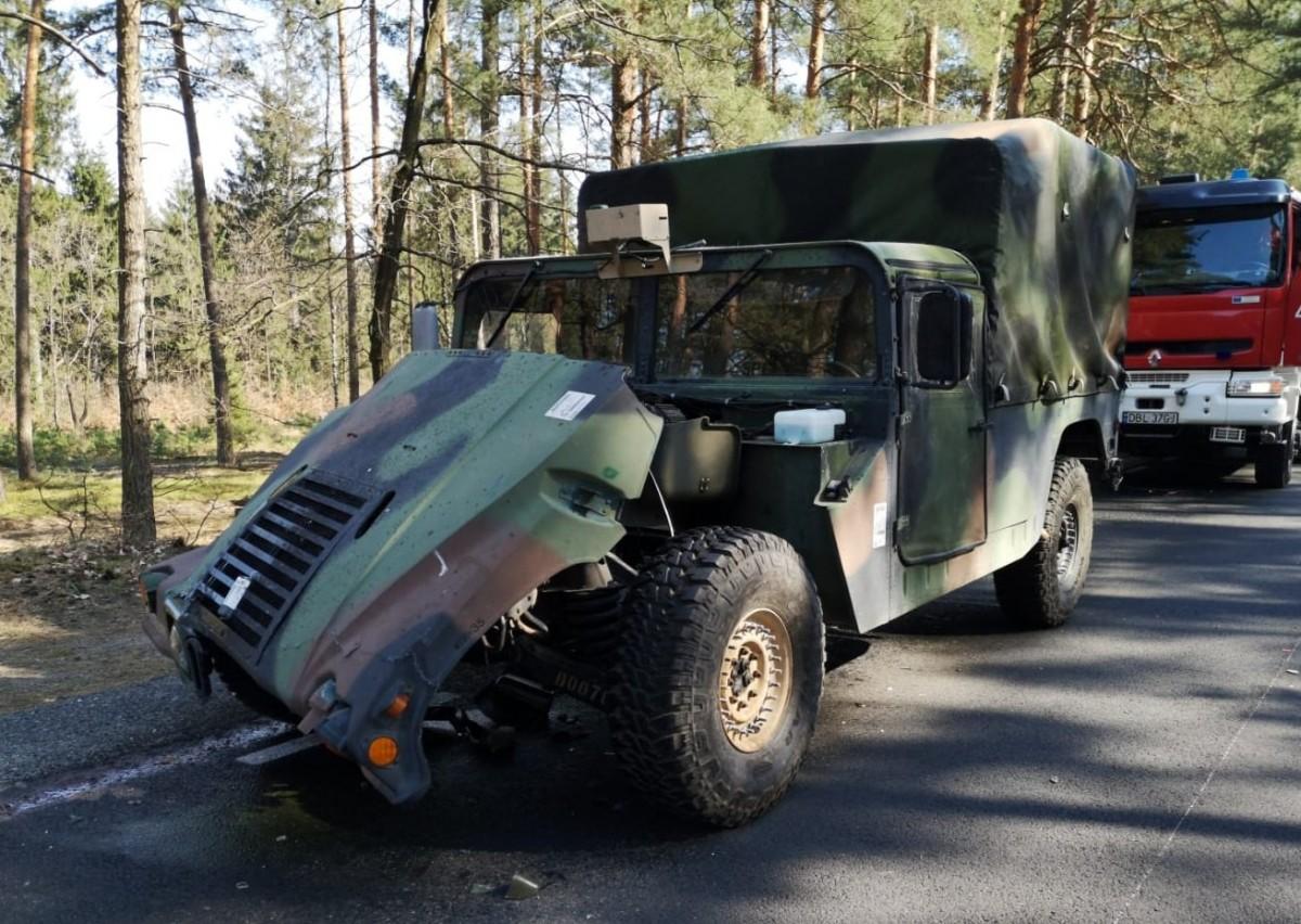 Zderzenie i pożar pojazdów US Army z-index: 0