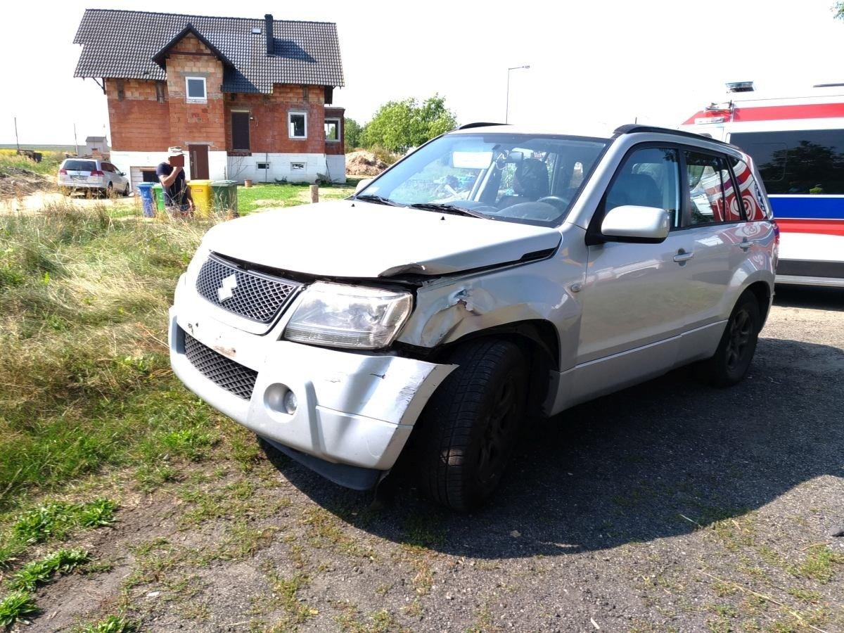 Wypadek w Kraśniku Dolnym: Seat dachował