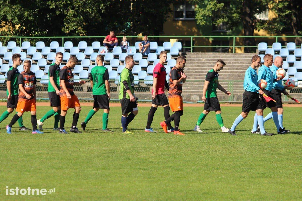 BKS przegrywa z Hutnikiem Pieńsk.