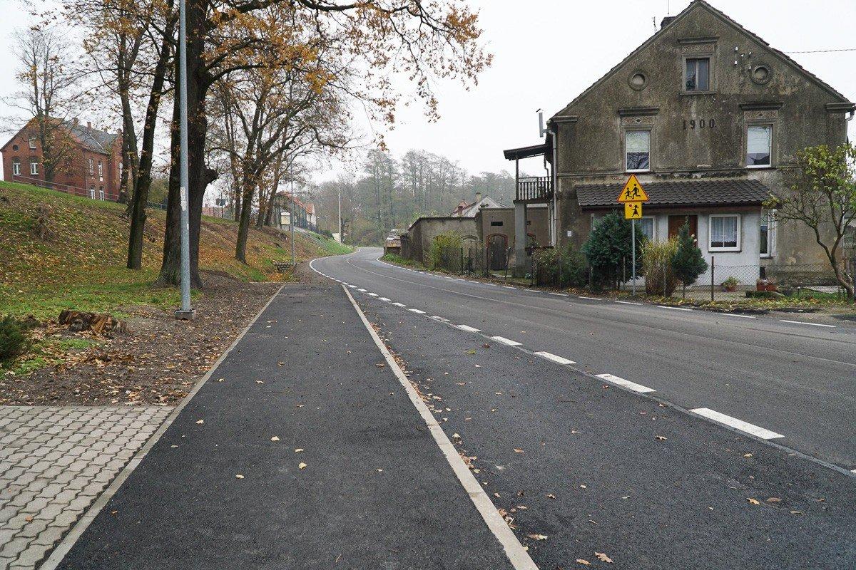 Prawie dwa kilometry drogi w Osłej przebudowane