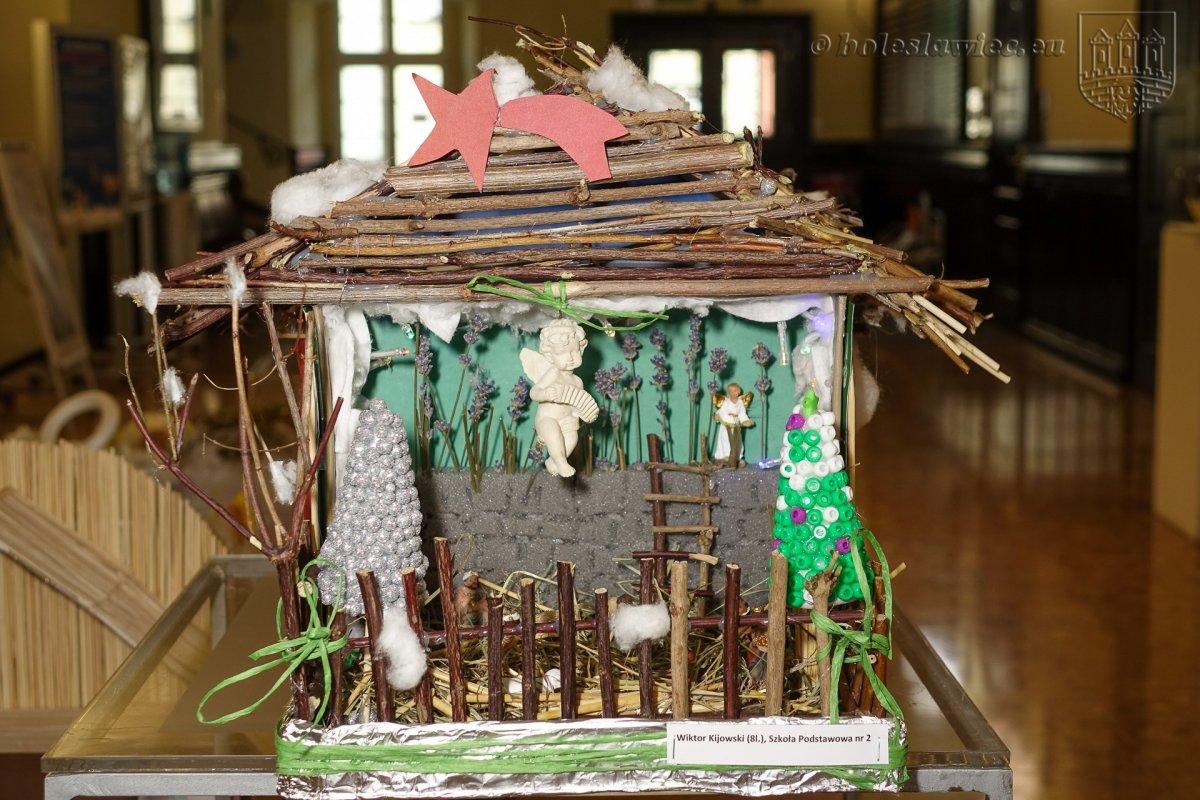Wystawa szopek bożonarodzeniowych w ratuszu