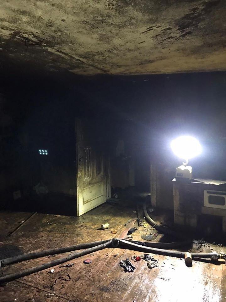 Pożar w Raciborowicach Dolnych. Poparzony mężczyzna trafił do szpitala, pies zginął
