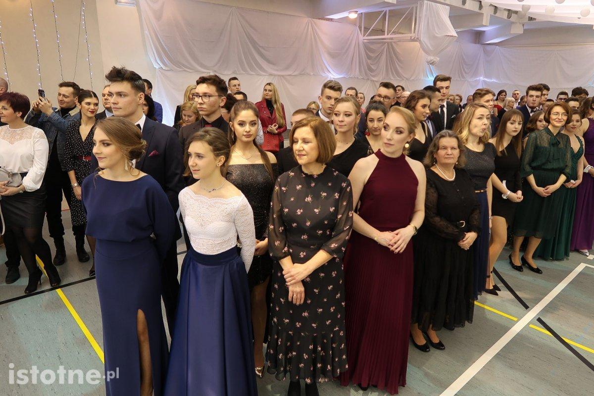 Studniówka w I Liceum Ogólnokształcącym w Bolesławcu