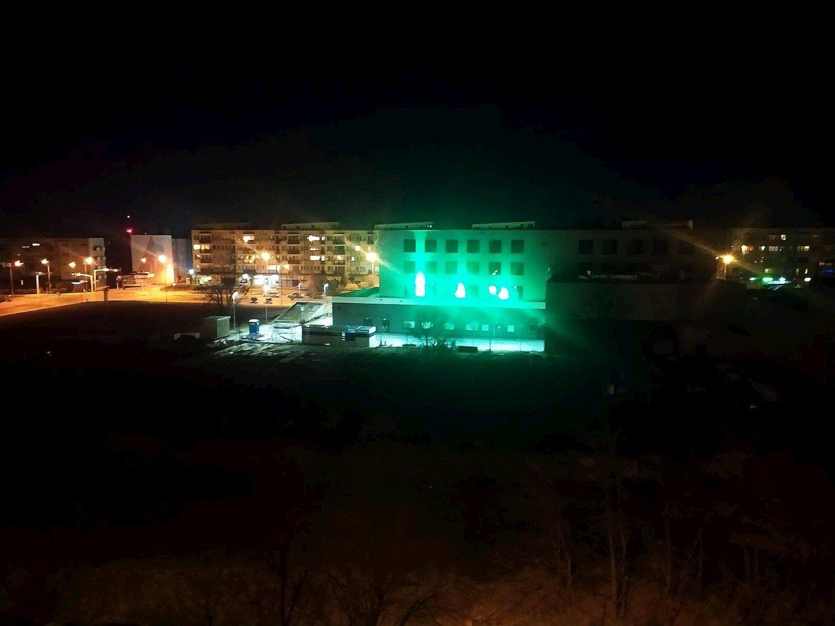 Światła na Hotelu Ibis Styles Bolesławiec
