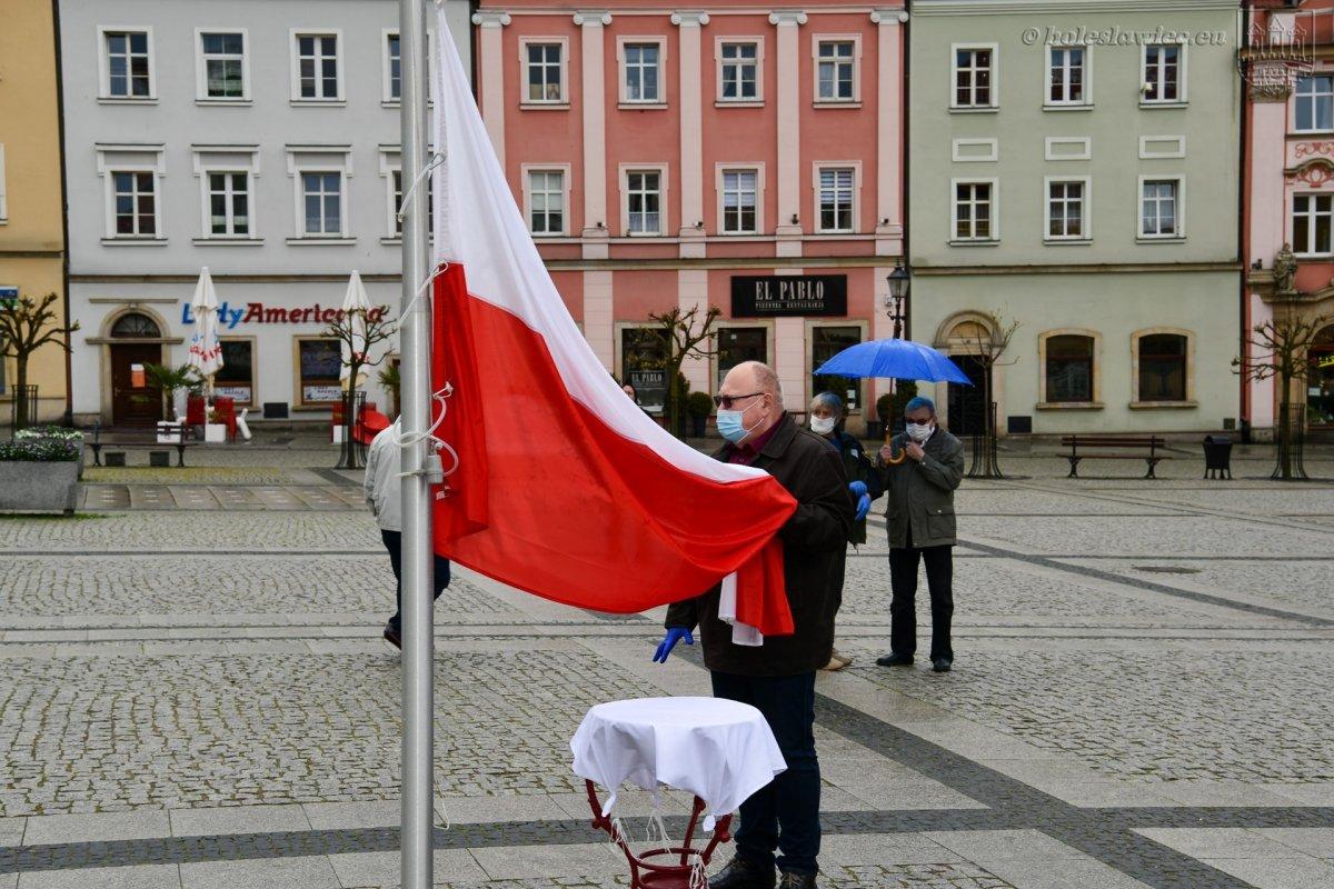 Biało-Czerwona na bolesławieckim Rynku