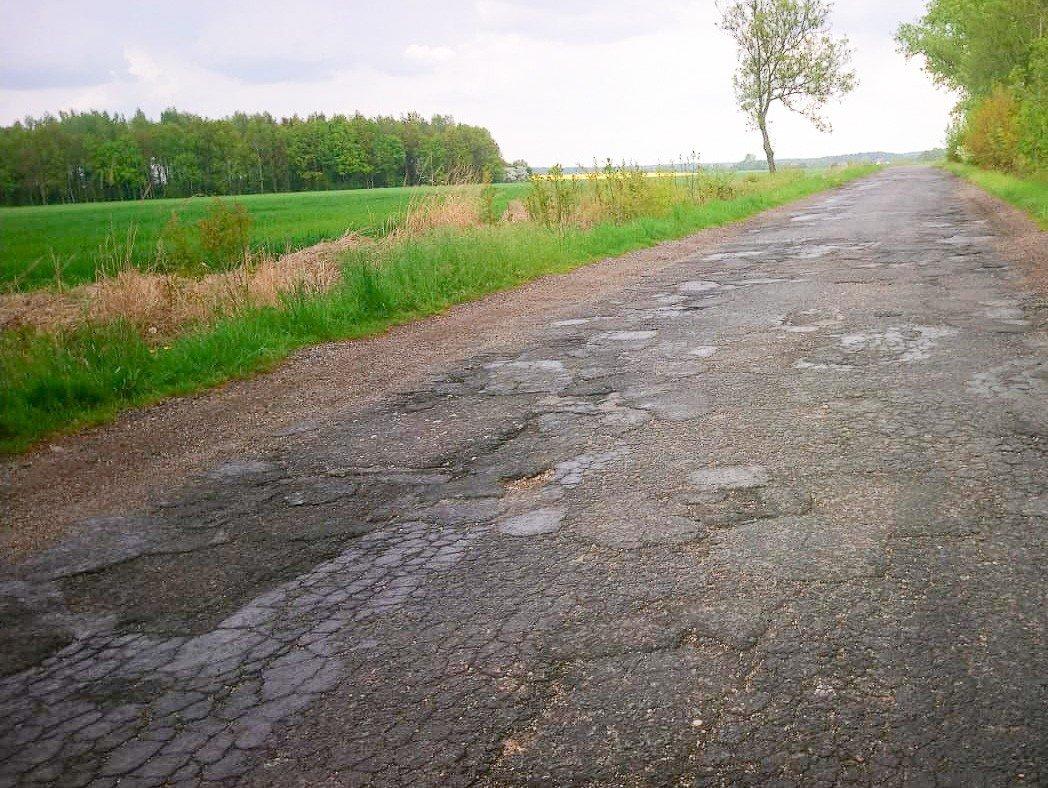 Dziurawa droga Ocice–Gościszów–Mściszów (powiat bolesławiecki–powiat lubański)