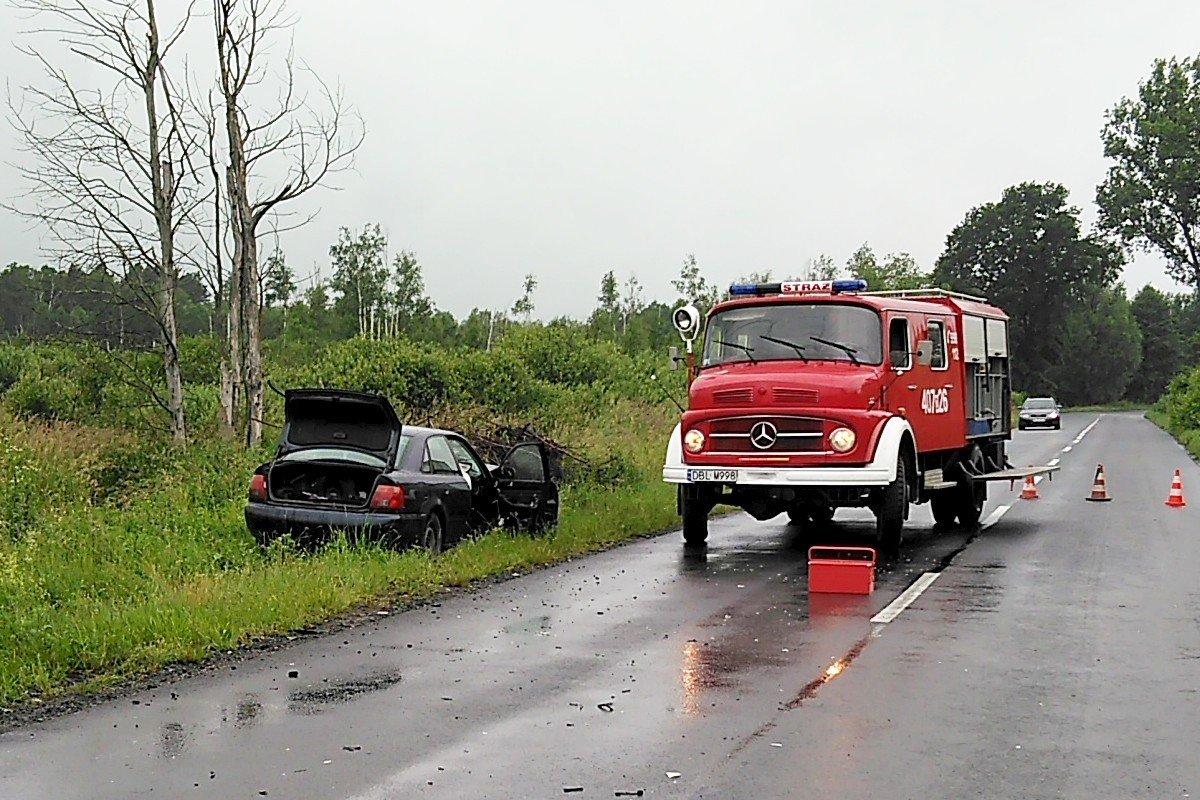 Zderzenie dwóch aut między Gromadką a Wierzbową