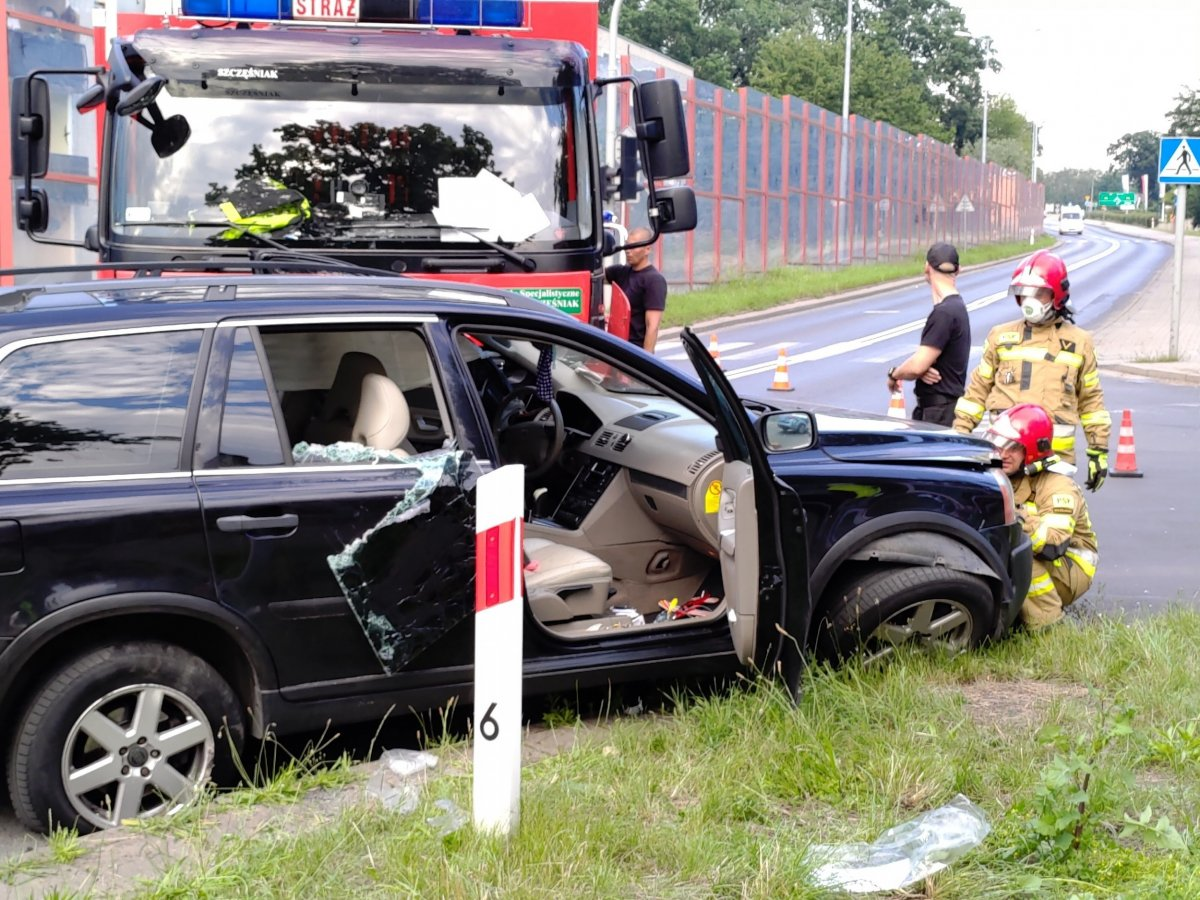 Wypadek na skrzyżowaniu Cieszkowskiego i Staszica