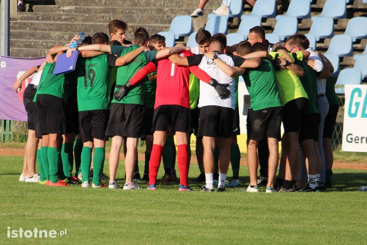 BKS wygrał z Hutnikiem i awansował do finału Okręgowego Pucharu Polski