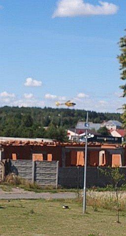 Śmigłowiec LPR lądujący w Wykrotach