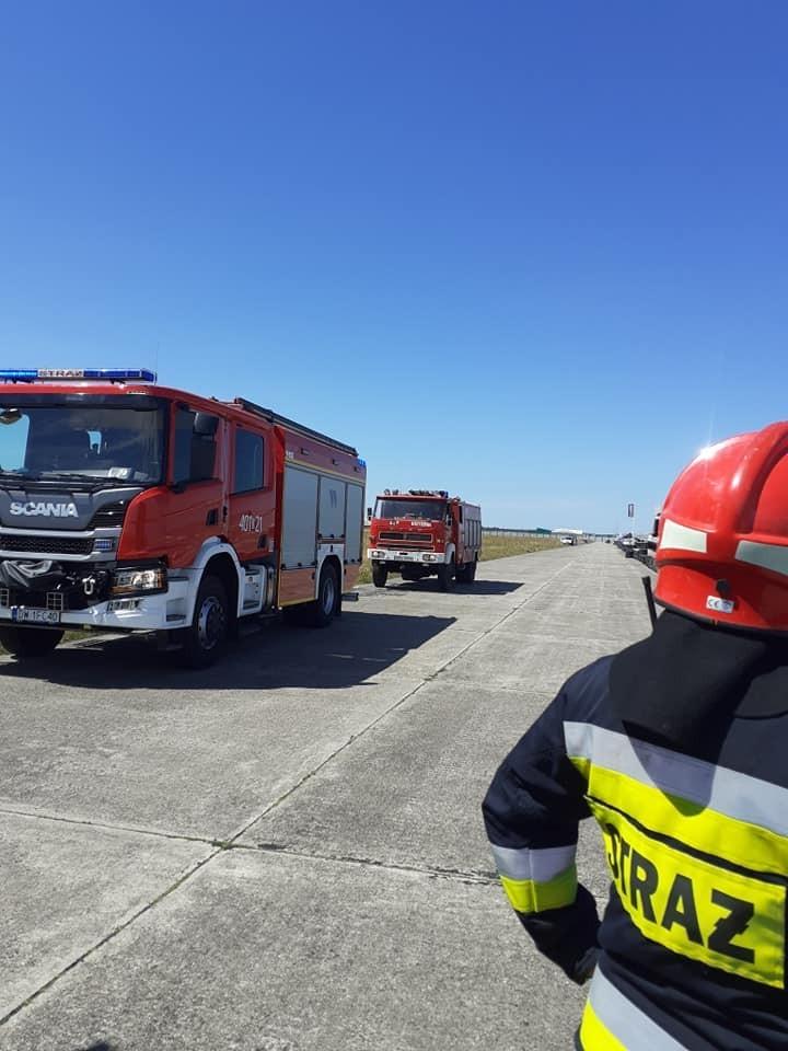 Akcja straży pożarnej na torze wyścigowym na strefie