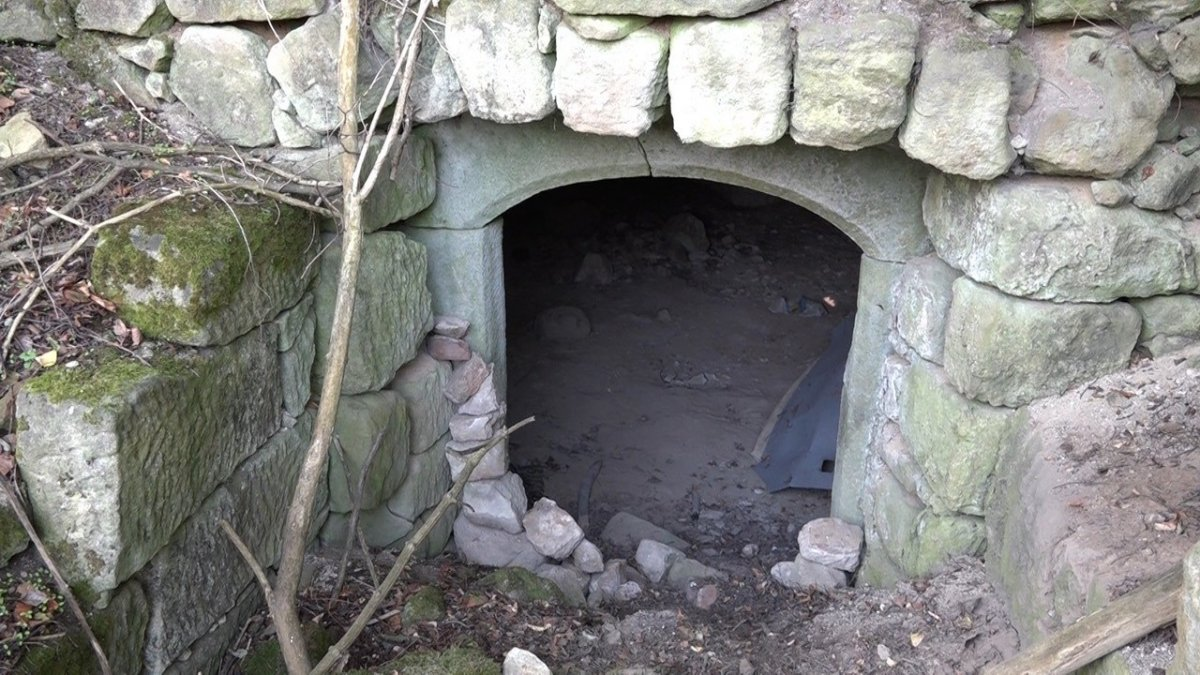 Piwnica w której przebywała zaginiona 14-latka