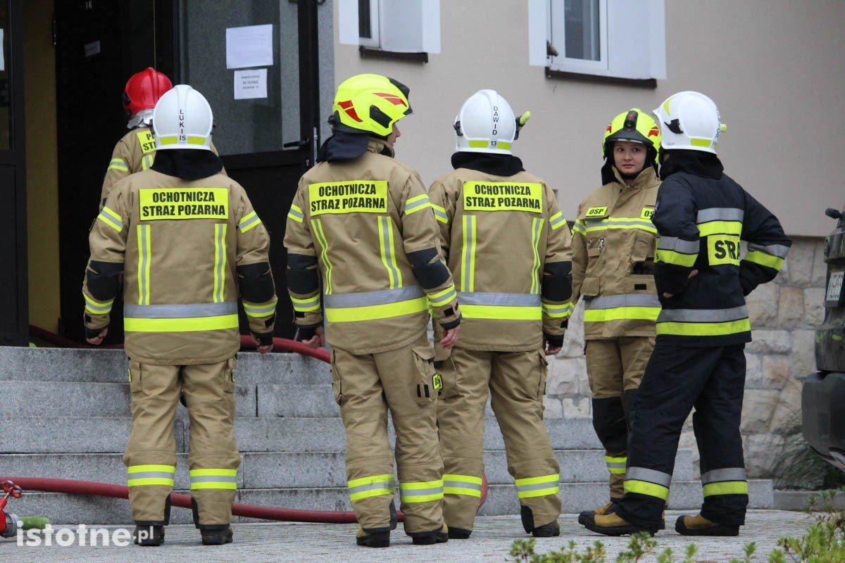 Pożar w budynku bursy szkolnej przy ulicy Karola Miarki.