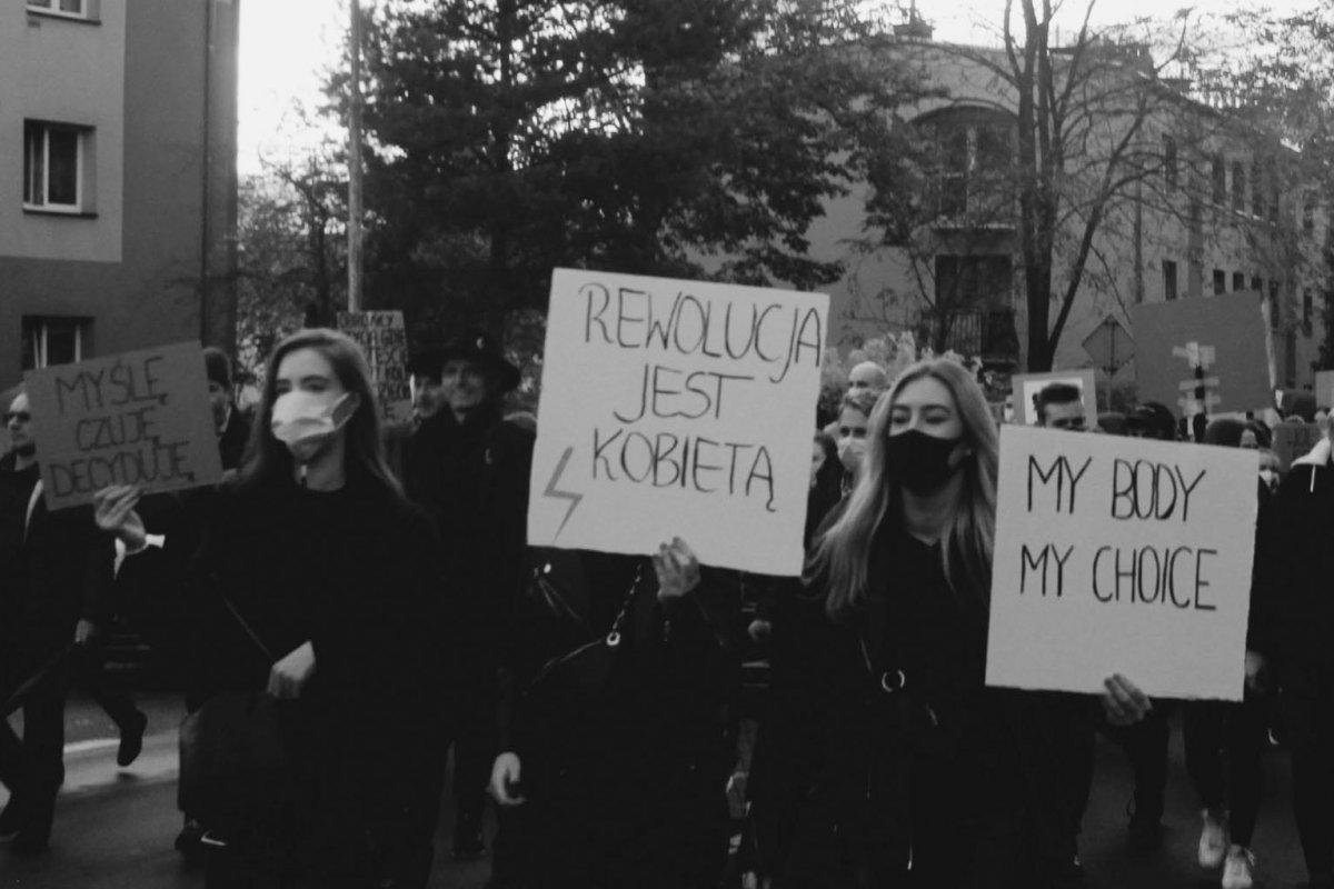 Reportaż z protestów Marty Wołoszyn