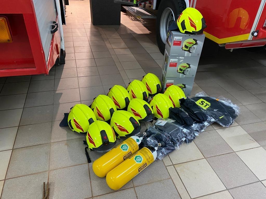 Strażacy z gminy Warta Bolesławiecka z nowym sprzętem