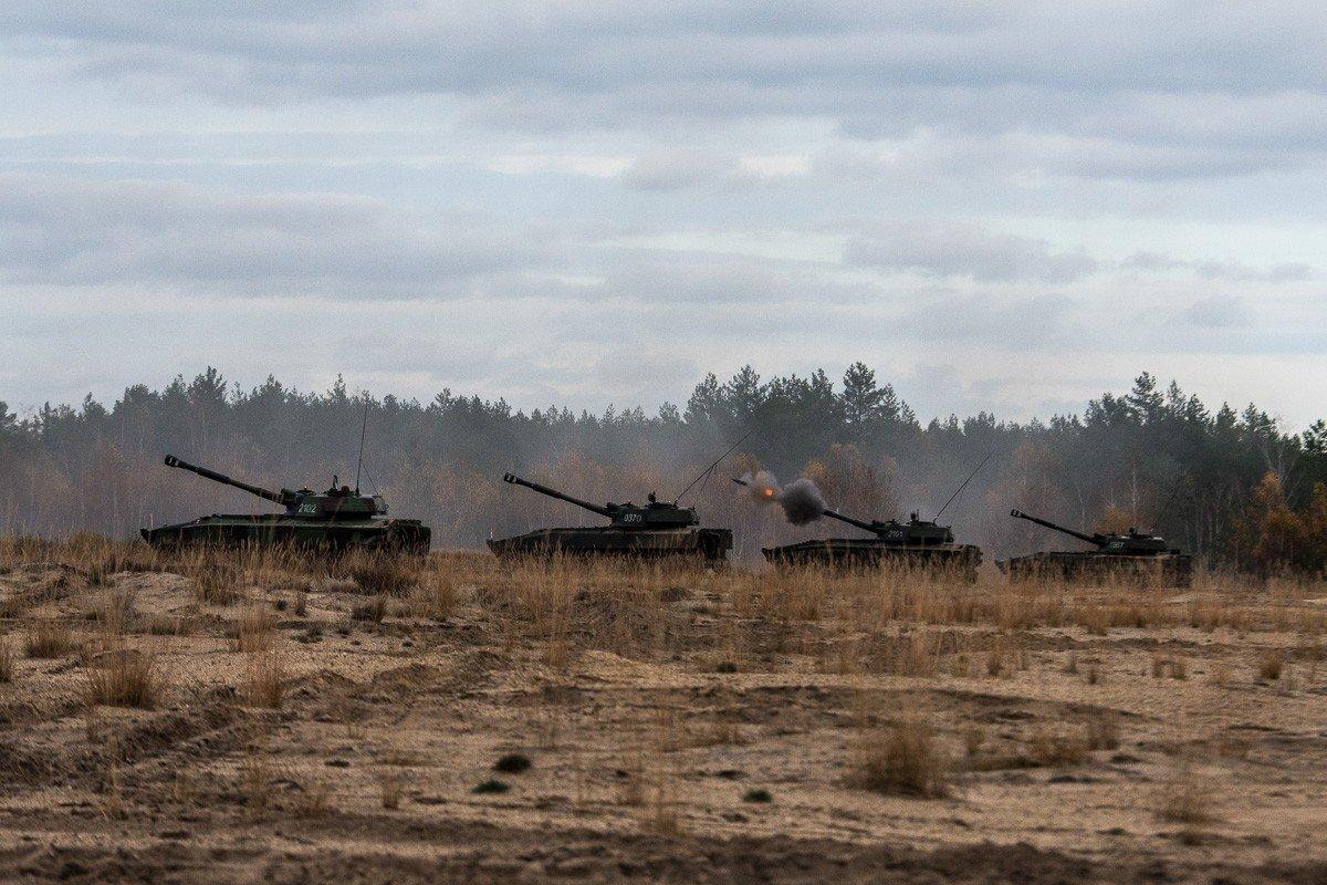 Ćwiczenia żołnierzy z 10 Brygady Kawalerii Pancernej w Świętoszowie